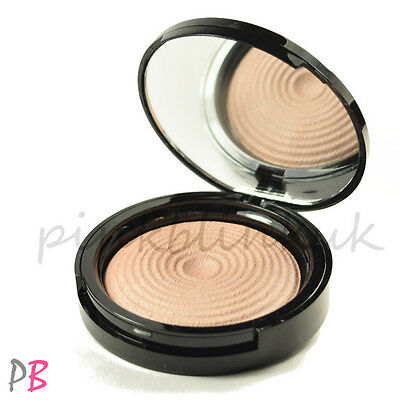 Makeup Revolution Radiant Lights Breathe Highlighter Strobing BOXED Glow