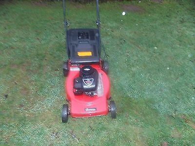 Sovereign Self Propelled Petrol Mower with Briggs&Stratton 450 Engine 46cm cut