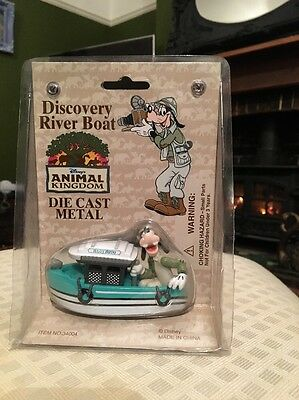 Walt Disney World Discovery River Boat Animal Kingdom Die Cast Collectible Goofy