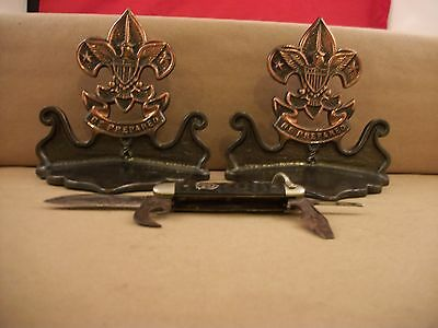 """Vintage pair Of Boy Scouts Of America """"Be prepared"""" Heavy Metal Bookends + Knife"""