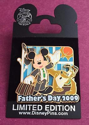 Disney Happy Father's Day 2009 Mickey and Pluto LE 2500 Pin