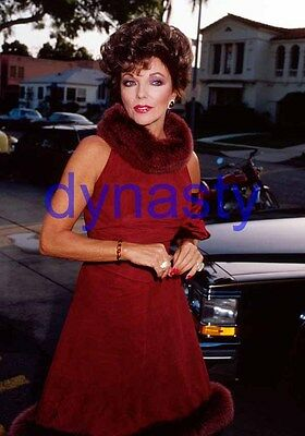 DYNASTY #13077,JOAN COLLINS,candid photo,THE COLBYS