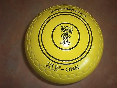 Greenmaster XV-1 Lawn Bowls Size 4H WB21 Gripped Yellow Near Brand New