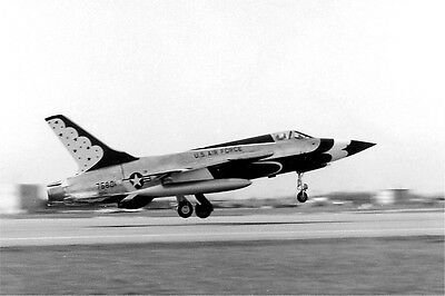 Photo 8x12 REPUBLIC F-105 THUNDERCHIEF -01A  STOCK CLEARANCE !