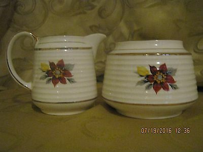 Vintage Sadler Creamer and Sugar Set #3498