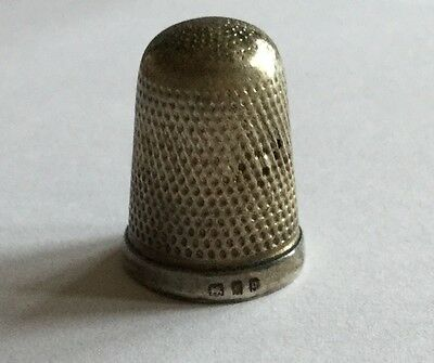 Antique Fully Hallmarked Sterling Silver Thimble