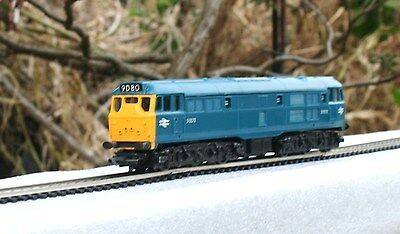 vintage hornby TRIANG  R357 Class 31 A1A-A1A D5572 I/C blue serviced and tested