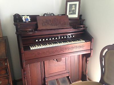 Antique Pump Organ With Ornate Carving Detail. In Working Order