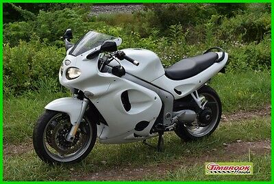 Triumph Sprint ST  2002 Triumph Sprint ST Nice Bike at a great price. Ready for the road.