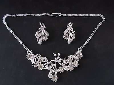 """Vintage 1960s 15"""" Necklace & Clip on Earrings Set Glass Stones Costume Jewellery"""
