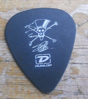 RARE Official SLASH - VELVET REVOLVER UK TOUR - GUITAR PICK