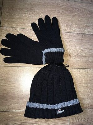 Thinsulate Isolant Black Gloves & Hat New With Tags