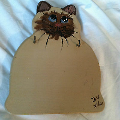 """Handmade Painted Cat on Wood Signed / Dated 2 Key Holder 9"""""""