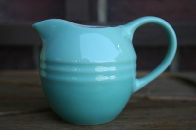 Le Creuset RARE 9 oz Creamer Jug Pitcher Container Cool Mint New in Gift Box