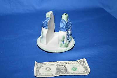 M A Hadley Country Napkin or Letter Holder