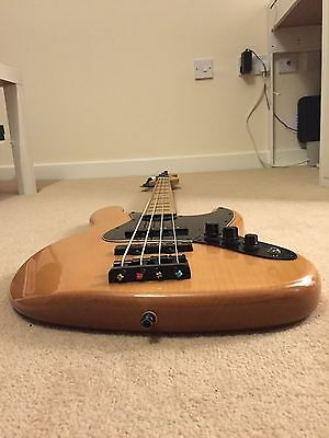 Squier Vintage Modified Jazz Bass 70s Maple - Black