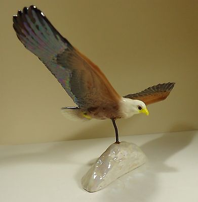 Hagen Renaker Speciality Figurine of An Eagle on Pearlised Rock