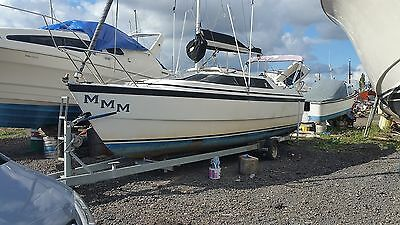 MacGregor 26X SAILING YATCH/POWER BOAT V GOOD CONDITION WITH TRAILER