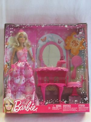 Barbie BCC57 Princess and Make up table NEW