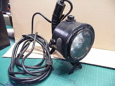 Admiralty pattern 5110E portable signalling lantern 1945 With Sight & Store Box
