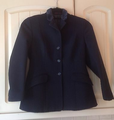 """Harry Hall Navy Show Jacket Size 28""""/30"""" Measures 32"""" £25.00"""