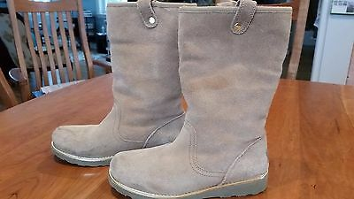 UGG Australia Callie Youth Girls Boots Size 5 Suede Leather 1005123K