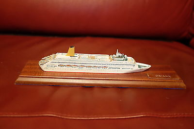 Skytrex 1:1250 Cruise liner Oriana boxed