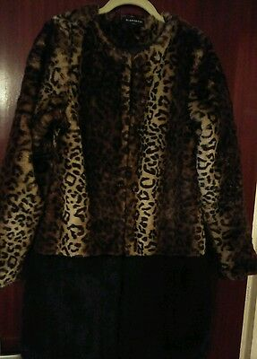 **new**glamourous Faux Fur Coat** Small** Warm* Stunning*