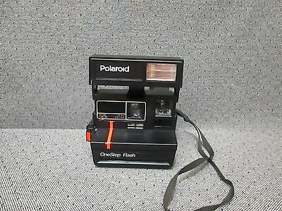 VTG Polaroid ONE STEP Instant 600 Film Flash Camera w/StrapGood Tested Condition