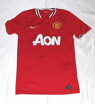 Manchester United Football Shirt Autographed Wayne Rooney & COA