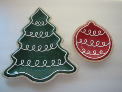 Fitz & Floyd Christmas Set Of  Two Serving Plates Green Tree &  Red Ornament