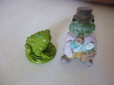 Small pair of frogs or toads see pictures