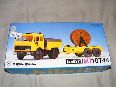 Kibri 10744 Mercedes Truck with trailer and cable reel Kit Form