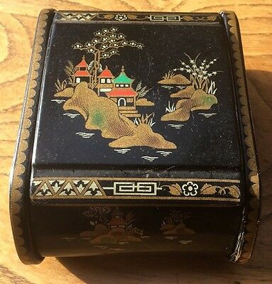 Metal Box Company marked 6GB Made in Great Britain 60s Vintage Chinese Design