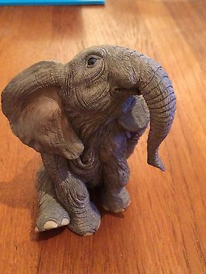 Tuskers elephant - single elephant - Elmer - excellent condition