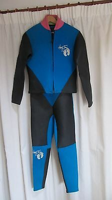 Wetsuit (Full) 2  piece, made by Hang Ten, M/L size