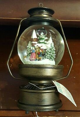 Merry Christmas Lantern Snow Globe Light Up and Wind Up Musical Snowglobe WORKS