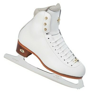 Riedell  #910 LS women's skates sizes 4 or 5 wide  NEW