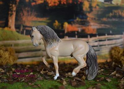 Breyer Modellpferd - SM Stablemate CM Custom G2 Andalusian to Amber Champagne