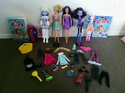 Monster high dolls, barbie etc. Bulk lot including clothes and accessories etc.