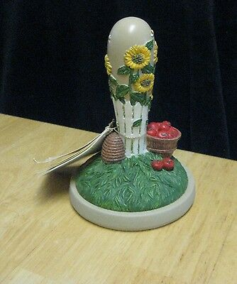 Brown Bag 1998 #42 Cookie Press Stamp Cutter Apples Bee Hive i    & Sunflowers