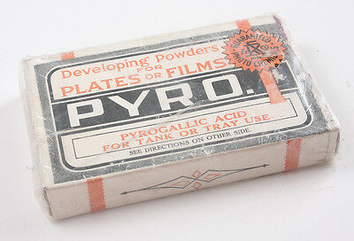 Pyro Developing Powder, Boxed, For Display Purposes Only/186630