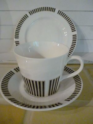 """Set of 4 Royal Osborne """"Caprice"""" Cups, Saucers and side Plates."""