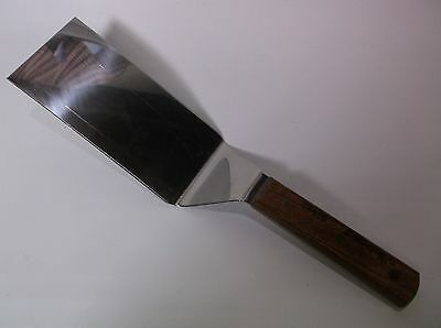 Dexter S8696 Wood Handle 6x3 Pro Hibachi Spatula never used Excellent Condition