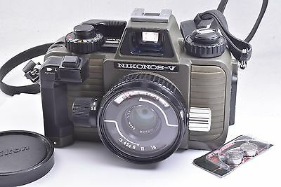 Nikon Green Nikonos V Underwater Film Camera w/35mm f2.5 Lens