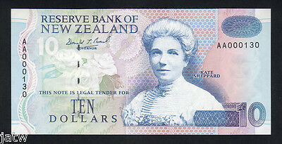 NEW ZEALAND P-178a.  10 Dollars. Brash Type-111. 1st Prefix AA..  UNC