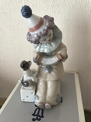 lladro clown 'Pierrot With Concertina'