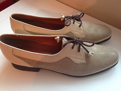 Ladies Lace Up Barker Ruth Beige  Shoes UK Size 9 AA