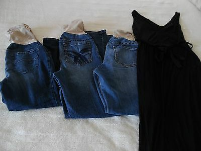 Lot Of Maternity Clothes~Size Xs~3 Jeans And Maxi Dress