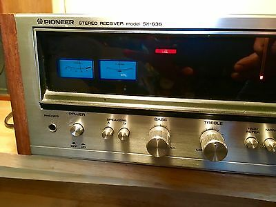 Pioneer SX 636 Stereo Receiver (for parts or restoration)